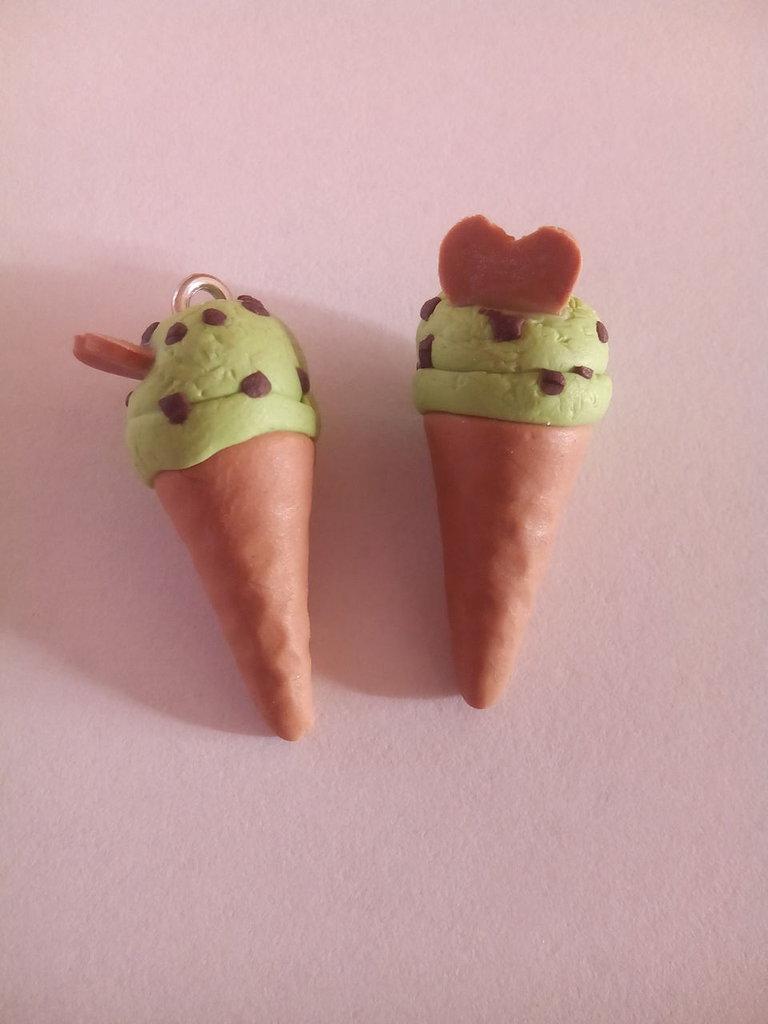 1 Cono gelato ciondolo fimo menta cioccolato