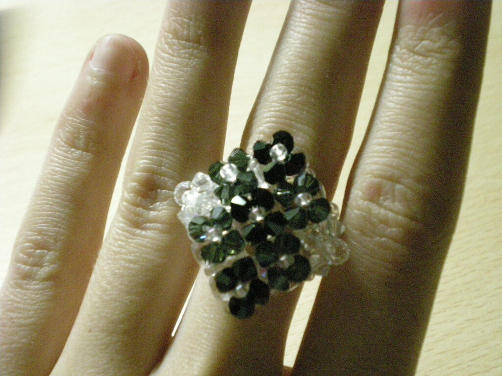 Anello di perline swarovski