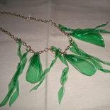 collana girocollo campanule verdi trasparenti