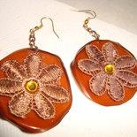 orecchini marrone fiore macramè