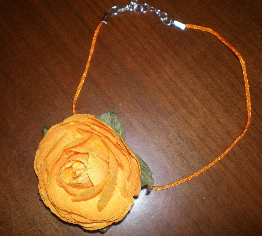 Collana paper rose