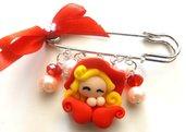 Spilla con folletta rossa in fimo,perle e cristalli