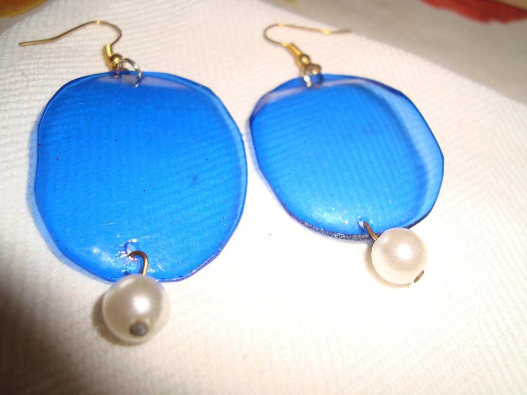 orecchini petalo blu trasparente
