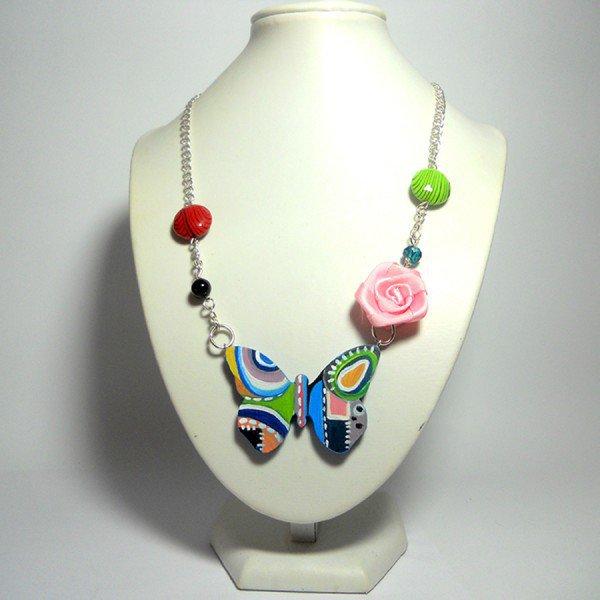 Pendente farfalla in legno dipinta a mano