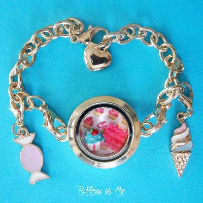 """Bracciale """"Dolcetti"""" con medaglione in vetro, charms e ciondoli - oro"""