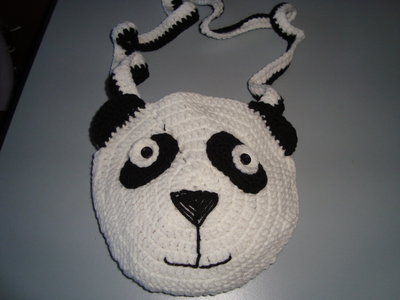Panda borsina a tracolla