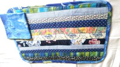 Set 2 tovagliette americane patchwork multicolore a righe turchese, blu, azzurro,  con tovagliolo in tinta
