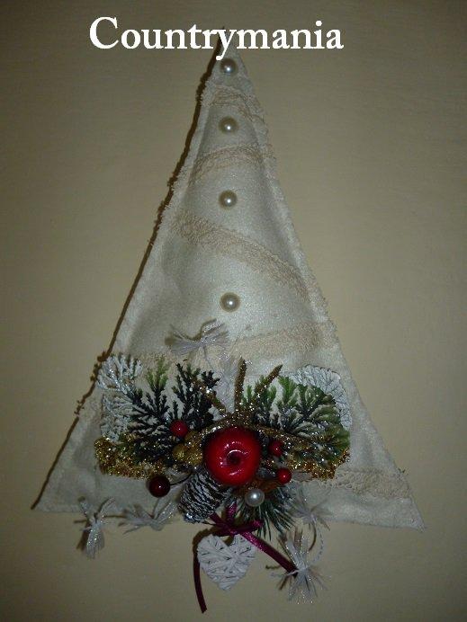 Addobbi natalizi di feltro a forma di albero di Natale