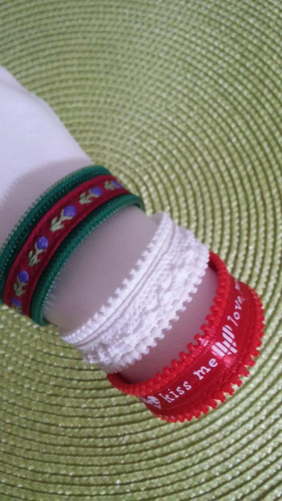 Bracciale zip con decorazione passamaneria nastro