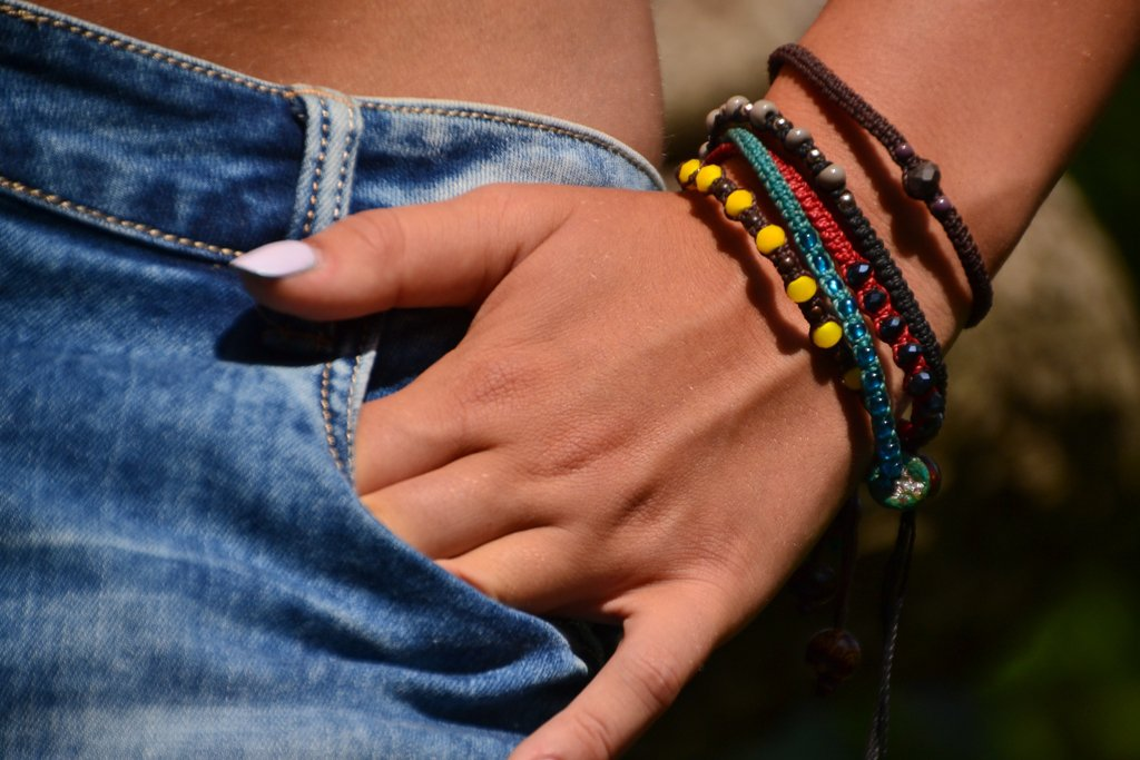 braccialetti in macramè