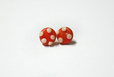 Orecchini Perno Fungo Rosso fatto a mano in Porcellana Fredda