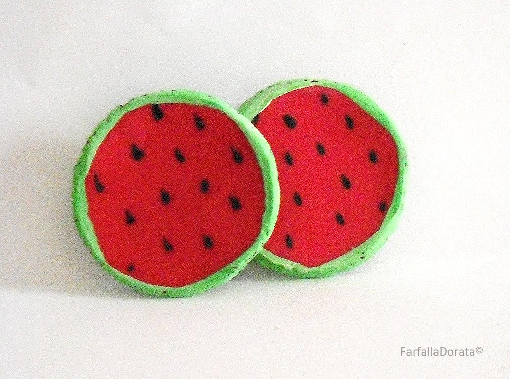 Orecchini cocomero frutta a perno realizzati interamente a mano in porcellana fredda