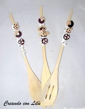 set tre mestoli in legno decorati in silicone e fimo