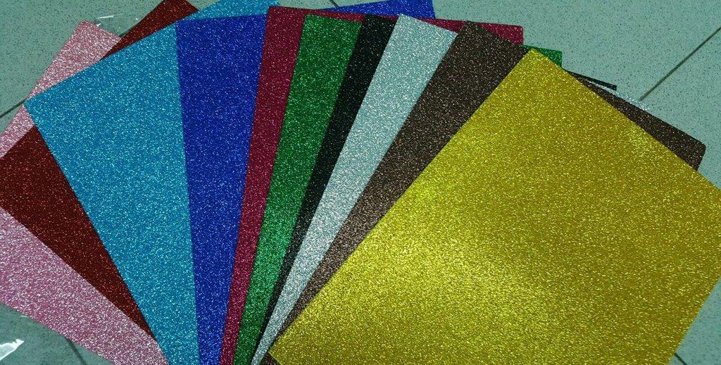 100 Fogli Gomma Crepla Glitter e Tinta Unita