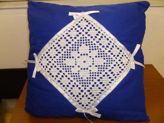 Coppia cuscini con applicazione tricot