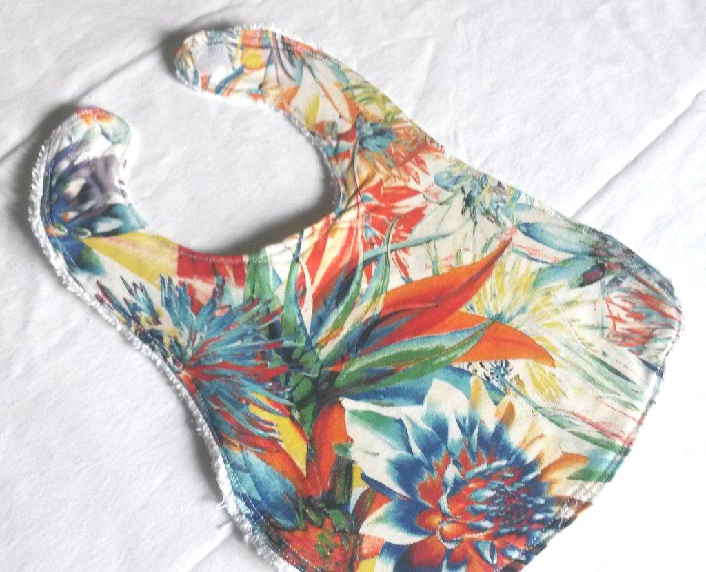 bavaglia double face in spugna di cotone e tessuto  fantasia a fiori multicolori