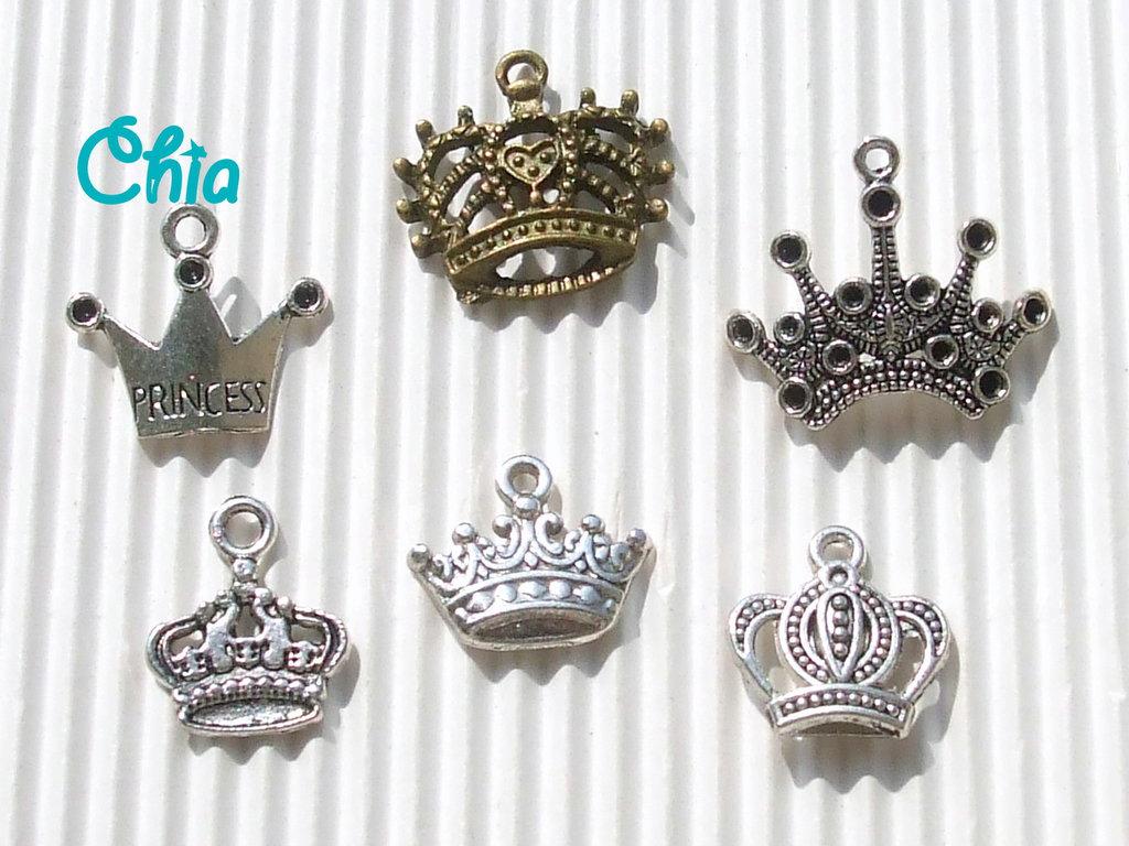 6 charms corona di varie forme e dimensioni
