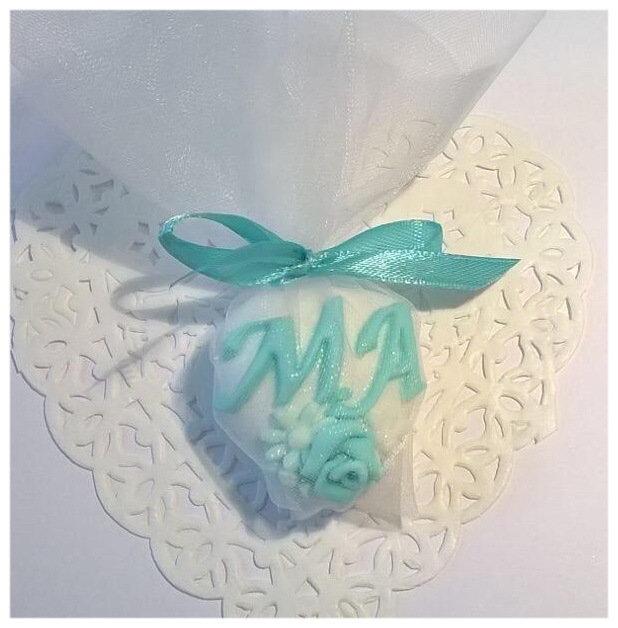 segnaposto matrimonio, confetto decorato in tiffany