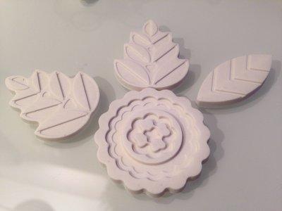 Decorazioni piatte in gesso ceramico feste bomboniere - Decorazioni in gesso ...