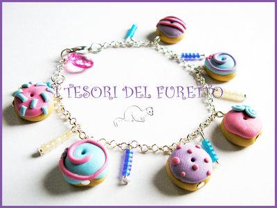 """Bracciale """"Donut al zucchero lilla e rosa""""  fimo cernit idea regalo ciambelline Natale"""