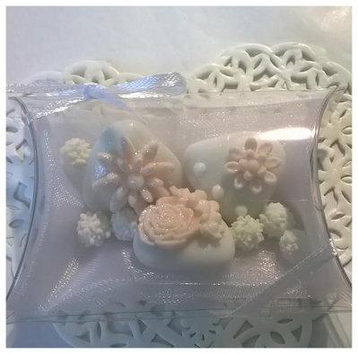 confettata matrimonio, confetti decorati rosa con mimose