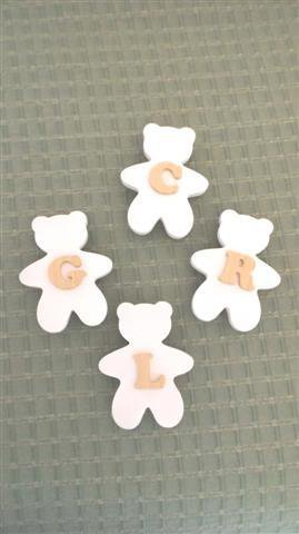 INSERZIONE RISERVATA per IRINA lotto 12 orsetti legno naturale e bianchi con lettera alfabeto