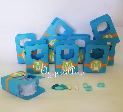 Scatoline in cartoncino azzurre per le vostte bomboniere: colorate e personalizzabili per voi!