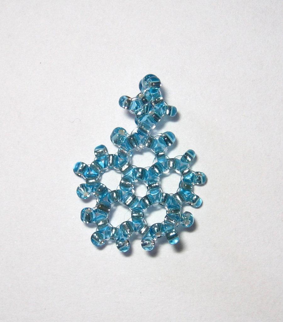 Ciondolo fiocco di neve azzurro