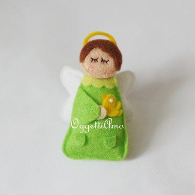 Angioletti in feltro fatti a mano per personalizzare le vostre bomboniere
