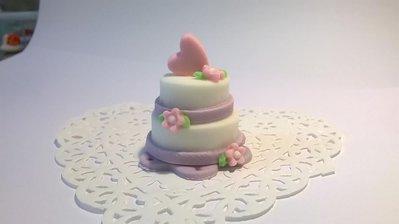Minicake in pasta di zucchero, segnaposto, bomboniera matrimonio, fiori e cuori
