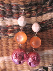 Orecchini pendenti rosa
