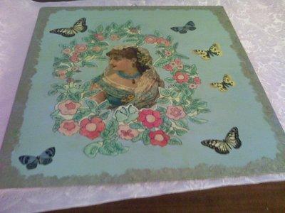 Quadro turchese con donna vittoriana e farfalle