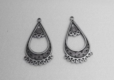 Base a goccia per orecchino o ciondolo col argento antico