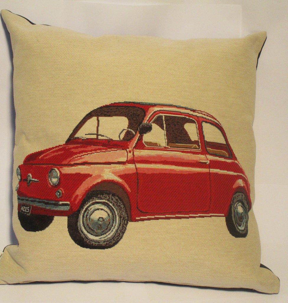 Cuscino con automobili