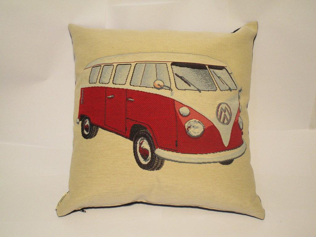 cuscino con automobile