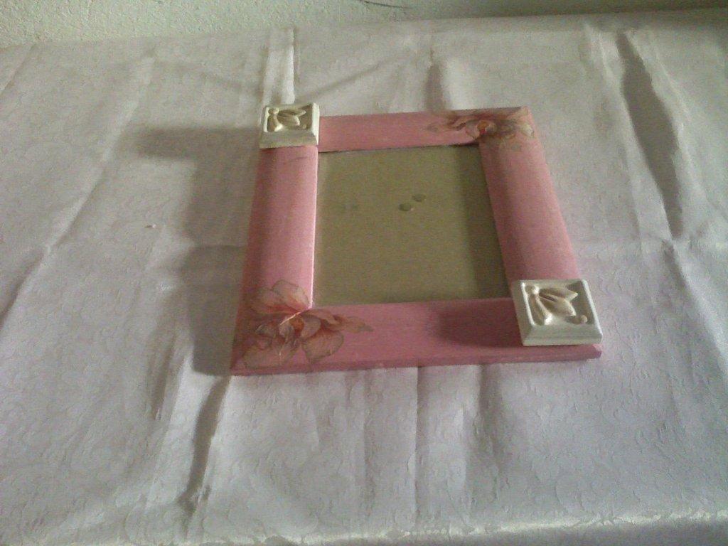 Portafoto rosa con mattonelle