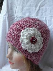 Cuffia donna all'uncinetto rosa e bianco,berretto donna con fiore doppio,accessori donna,cuffia adulto tagliaL