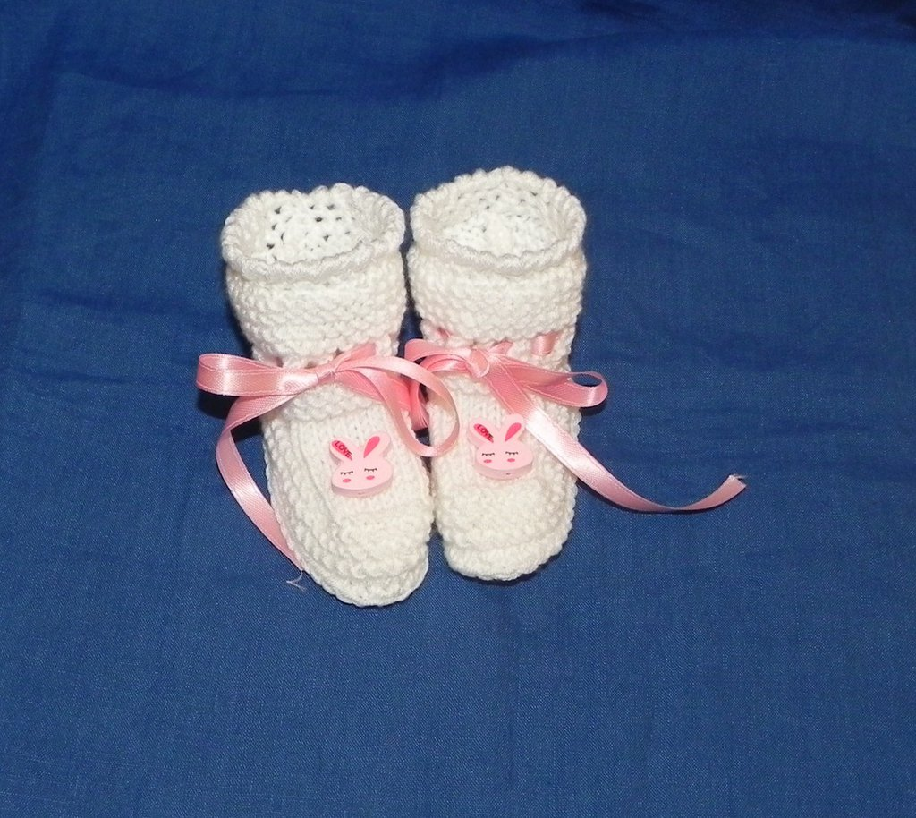Scarpette bianche neonato con coniglietto