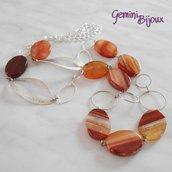 Collana lunga con pietre di agata striata arancione