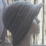 Cappello donna cotone grigio perla lavorato all'uncinetto
