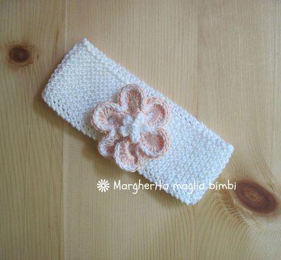Fascetta capelli per bambina in puro cotone bianco con fiore rosa pesca