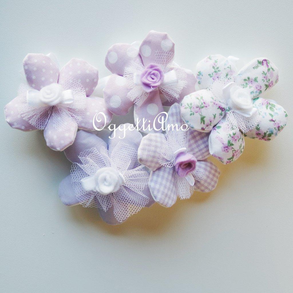 20 Fiori porta confetti in stoffa a pois, quadretti e fiori glicine: una soluzione shabby chic per le vostre bomboniere!