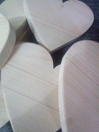 cuori in legno d'abete