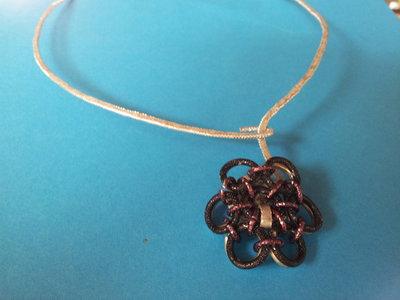 Collana wire con fiore chainmail