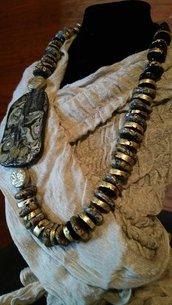 COLLANA  egizia in fimo con elementi foglia oro e pietra dura fatta a mano