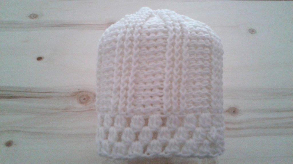 Cappello romantico bianco in pura lana