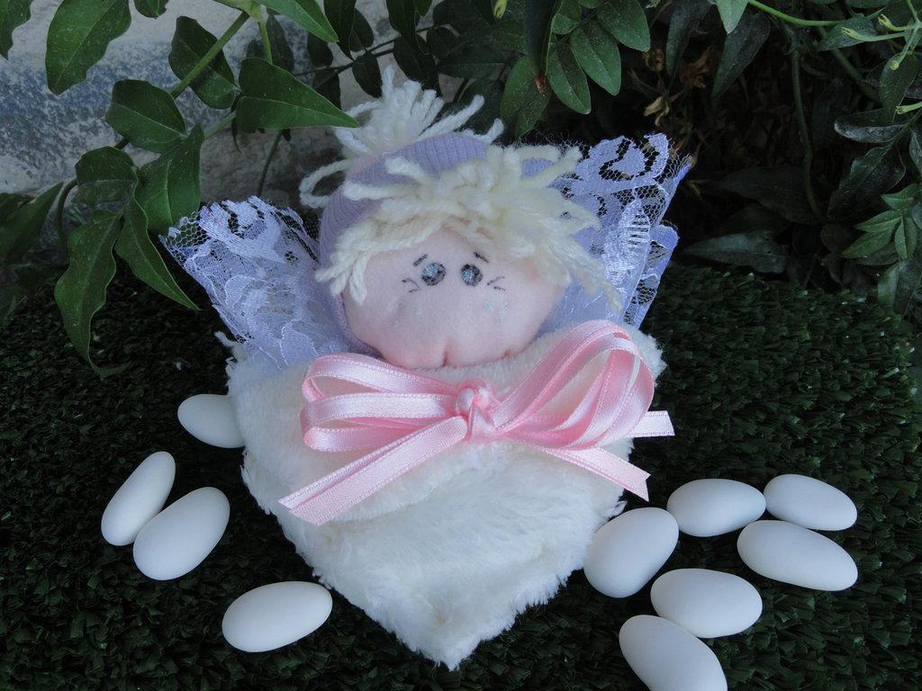 Bomboniera bambolina cuore