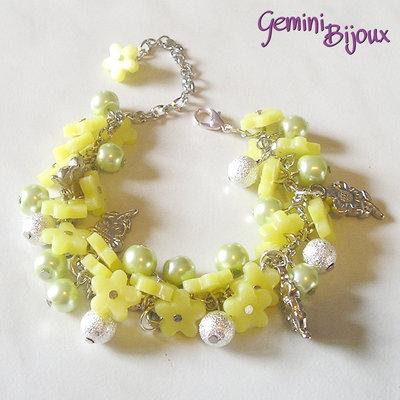 Bracciale a grappolo fiori di fimo giallo