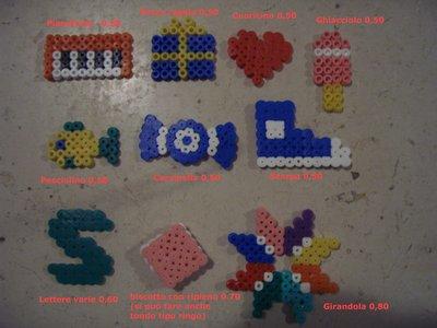 Ciondolini realizzati con hama-beads