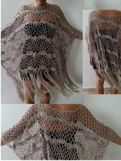 Poncho in filo di lana